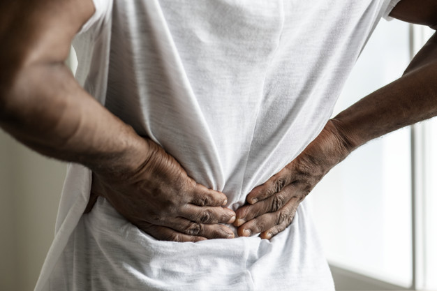 Dolori alla colonna vertebrale zona lombo sacrale a chi rivolgersi